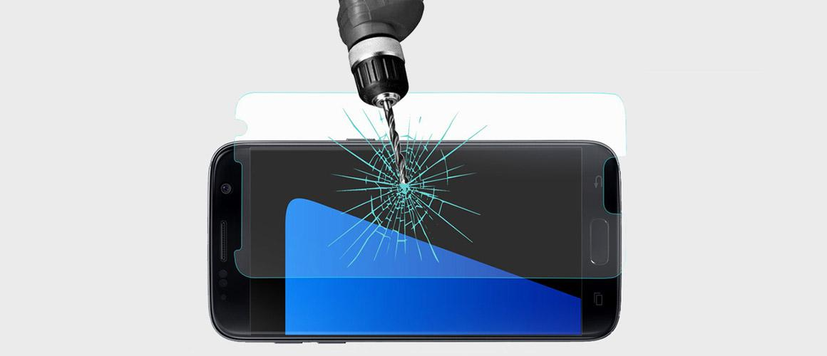 Een Samsung Galaxy S7 Edge screen protector aanbrengen
