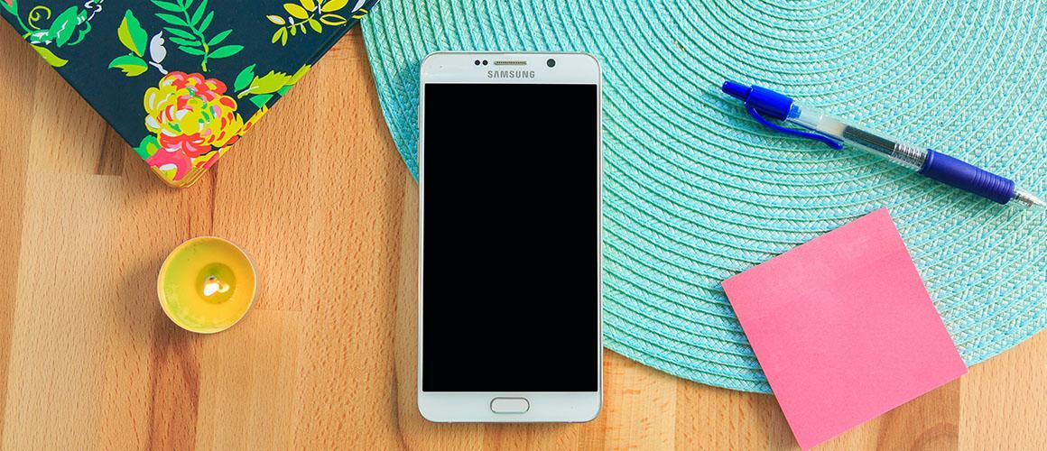 Blijmakers: Samsung telefoons en hun opladers - Een terugblik
