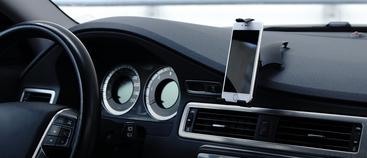Heb jij al zo'n handige telefoonhouder voor in de auto?