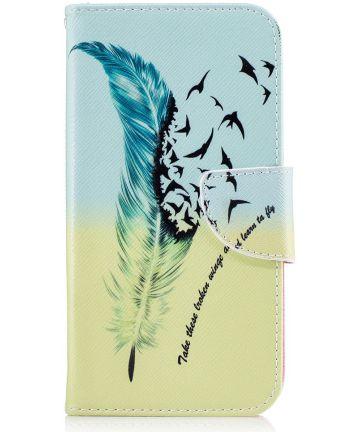 Motorola Moto G5 Plus Portemonnee Hoesje Feathers