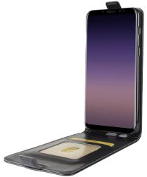 Samsung Galaxy A8 (2018) Verticaal Flip Hoesje Zwart