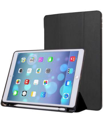 iPad Air 2019 / iPad Pro 10.5 (2017) Tri-Fold Hoes Zwart Hoesjes