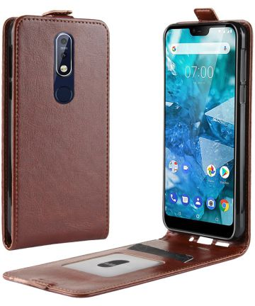 Nokia 7.1 Verticaal Flip Hoesje Bruin