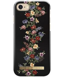 iDeal of Sweden iPhone 8 / 7 / 6(s) Fashion Hoesje Dark Floral