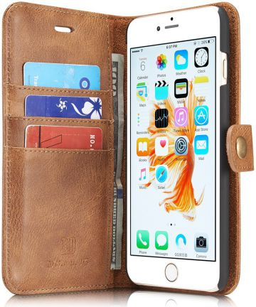 Apple iPhone 6(S) Plus Leren 2-in-1 Bookcase en Back Cover Bruin Hoesjes