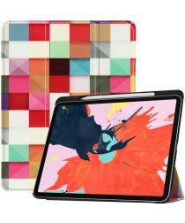 Apple iPad Pro 12.9 (2018) Hoesje met Vierkanten Print