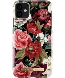 iDeal of Sweden Fashion Apple iPhone 11 Hoesje Antique Roses
