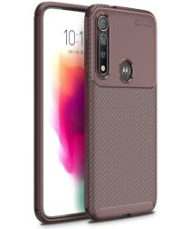 Motorola Moto G8 Plus Siliconen Carbon Hoesje Bruin
