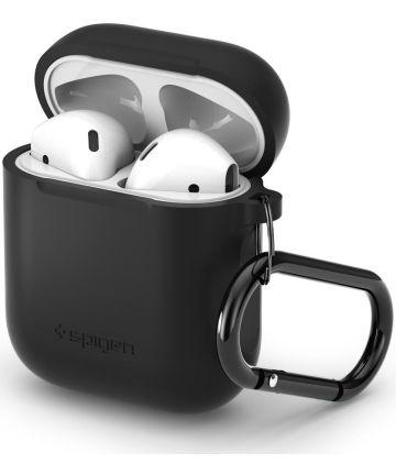 Spigen Silicone Fit Apple AirPods Hoesje Zwart Hoesjes