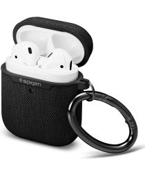 Spigen Urban Fit Apple AirPods Hoesje Zwart