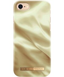 iDeal of Sweden iPhone SE 2020 Fashion Satin Hoesje Gold