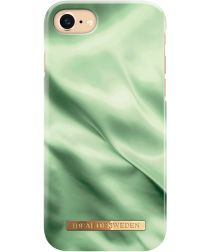 iDeal of Sweden iPhone SE 2020 Fashion Satin Hoesje Green